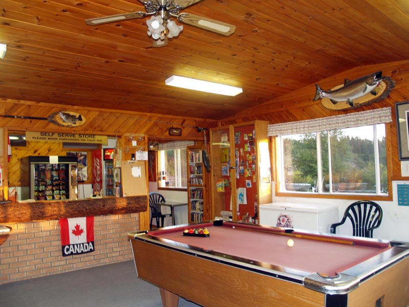 Eagle Nest Landing - Fishing Resort - Manitoba, Canada